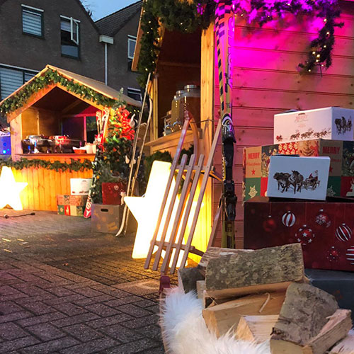Kersthuisje huren Talpa productie houten huisje kerstkraam