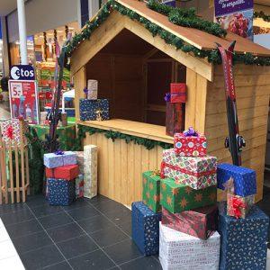 Kersthuisje huren inhuren Albert Heijn houten huisje