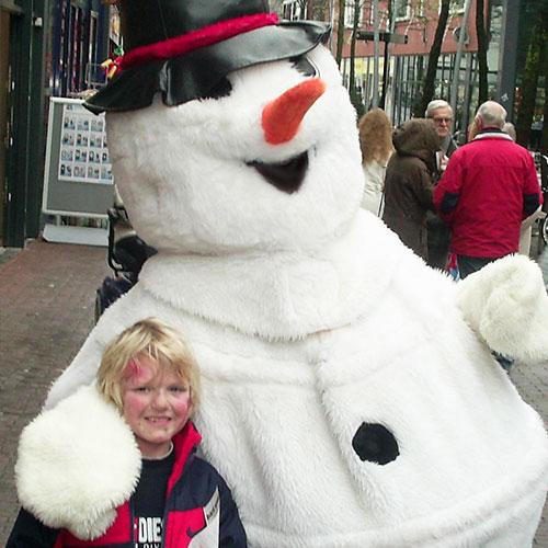 Knuffel sneeuwpop entertainment kerst