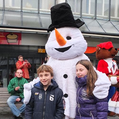 Sneeuwpop kerstactie inhuren